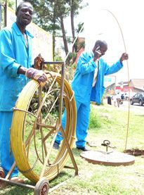 Telecom Workers Laying Cable in Kampala - Photo Source: Daily Monitor